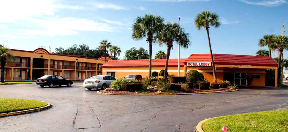 Budget Affordable Cheap Lodging Hotels Motels Scottish Inn Downtown